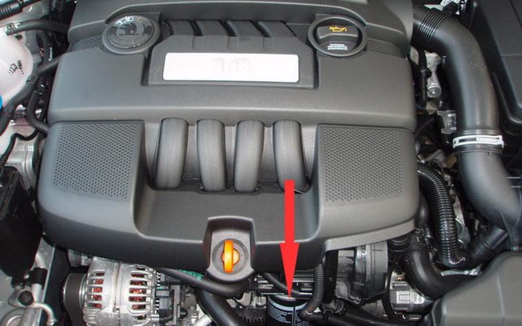 Расположение масляного фильтра двигателя 1.6 MPI